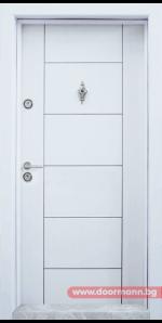 Блиндирана врата Т102 – Бяла